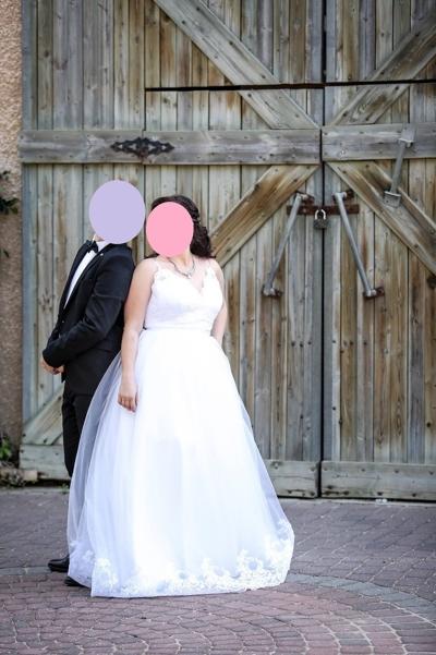 רק החוצה למכירה שמלת כלה נפוחה בסגנון ביגוד ואביזרים שמלות השכרה יד שניה - ad JO-94